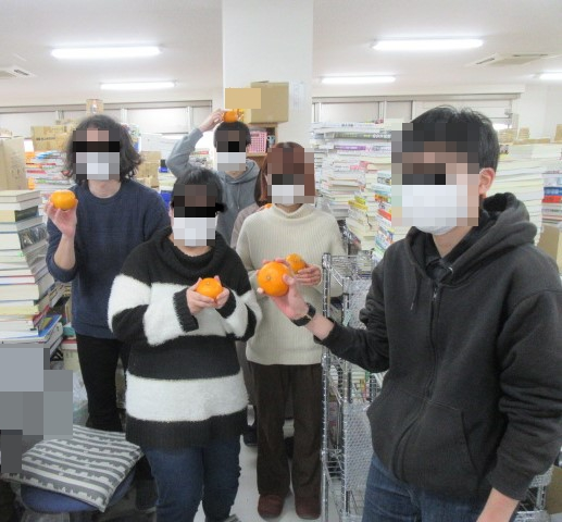 高知倉庫から大阪本社と買取センターに季節のプレゼント♪2020